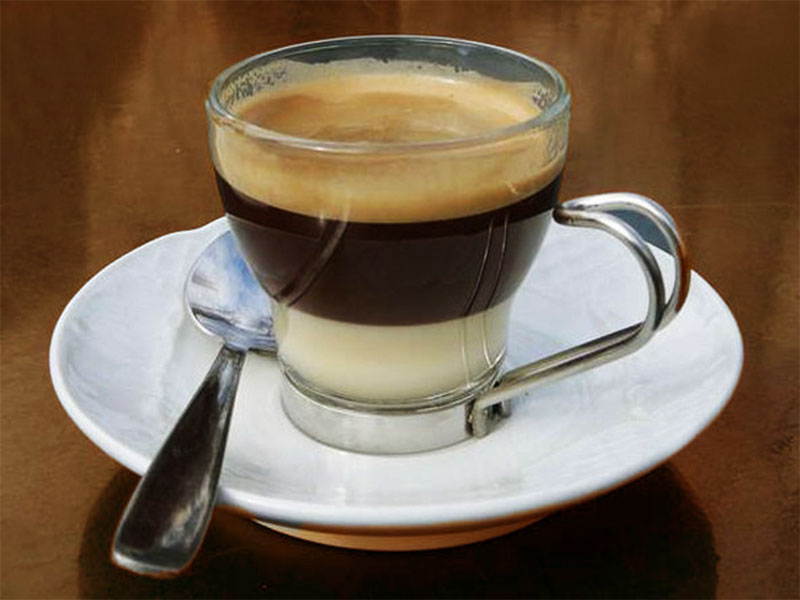 Cà phê bạc xỉu là gì? Cách pha ly cà phê bạc xỉu chuẩn vị nhất mà bạn nên biết?
