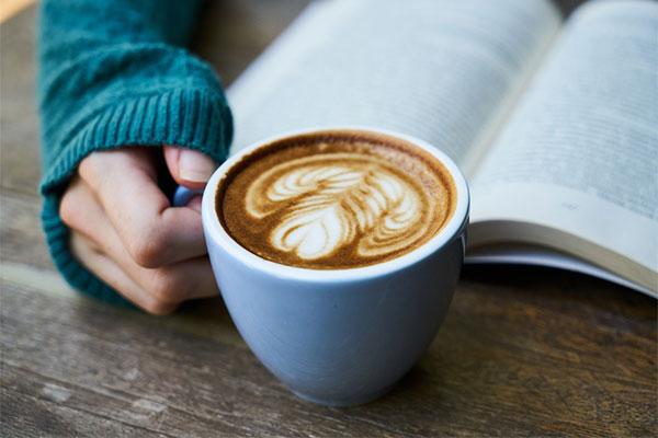 Cà phê và những câu chuyện chưa kể