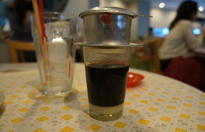 Phin pha cà phê Việt nam